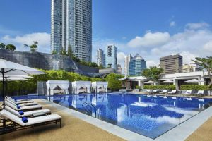 Marriott-Tang-Plaza-Hotel-Orchard-Singapore-Pool.jpg