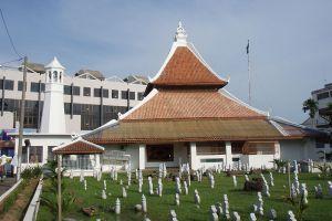 Masjid-Kampung-Hulu-Malacca-Malaysia-003.jpg