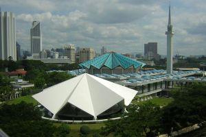 Masjid-Negara-National-Mosque-Kuala-Lumpur-Malaysia-004.jpg
