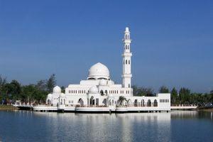 Masjid-Tengku-Tengah-Zaharah-Terengganu-Malaysia-008.jpg