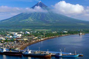 Mayon-Volcano-Albay-Philippines-002.jpg