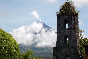 Mayon-Volcano-Albay-Philippines-003.jpg