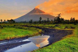 Mayon-Volcano-Albay-Philippines-005.jpg