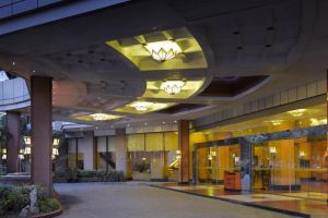 Melia-Hotel-Hanoi-Vietnam-Entrance.jpg
