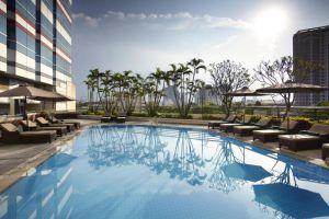 Melia-Hotel-Hanoi-Vietnam-Pool.jpg