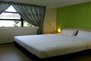 Merlin-Hotel-Penang-Studio-King.jpg