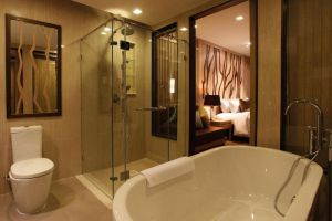 Merlin-Resort-Khaolak-Thailand-Bathroom.jpg