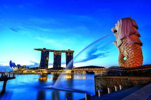 Merlion-Park-Singapore-001.jpg
