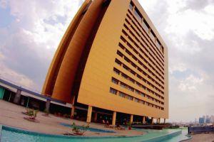 Merlynn-Park-Hotel-Jakarta-Indonesia-Facade.jpg