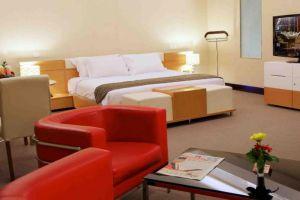 Merlynn-Park-Hotel-Jakarta-Indonesia-Room.jpg