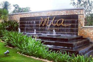 Mia-Resort-Nha-Trang-Vietnam-Entrance.jpg
