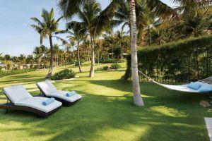 Mia-Resort-Nha-Trang-Vietnam-Garden.jpg