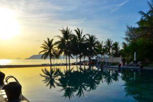 Mia-Resort-Nha-Trang-Vietnam-Pool.jpg