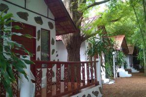 Milky-Bay-Resort-Koh-Phangan-Thailand-Guestroom.jpg