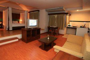 Mind-Resort-Pattaya-Thailand-Living-Room.jpg
