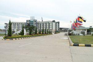 Mingalar-Thiri-Hotel-Naypyitaw-Myanmar-Entrance.jpg
