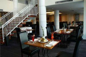 Miracle-Suvarnabhumi-Airport-Bangkok-Thailand-Restaurant.jpg