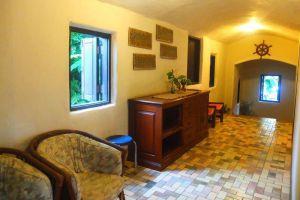 Mom-Chailai-Retreat-Pattaya-Thailand-Living-Room.jpg