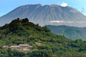 Mount-Agung-Volcano-Bali-Indonesia-001.jpg