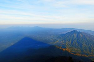 Mount-Agung-Volcano-Bali-Indonesia-003.jpg