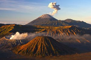 Mount-Bromo-East-Java-Indonesia-001.jpg