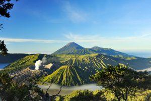Mount-Bromo-East-Java-Indonesia-002.jpg