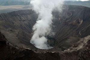 Mount-Bromo-East-Java-Indonesia-005.jpg