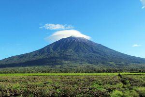 Mount-Kerinci-West-Sumatra-Indonesia-002.jpg