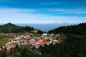 Mount-Lawu-Central-Java-Indonesia-003.jpg