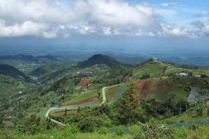 Mount-Lawu-Central-Java-Indonesia-004.jpg