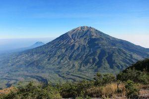 Mount-Merbabu-Central-Java-Indonesia-002.jpg