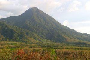 Mount-Meru-Nakhon-Si-Thammarat-Thailand-02.jpg