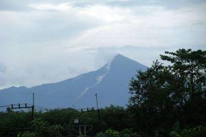 Mount-Meru-Nakhon-Si-Thammarat-Thailand-04.jpg