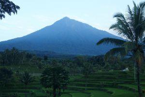 Mount-Slamet-Volcano-Central-Java-Indonesia-005.jpg