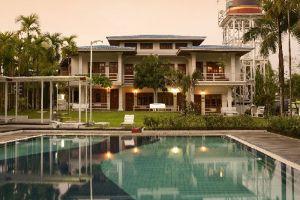 Myanmar-Life-Hotel-Yangon-Pool.jpg