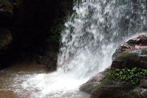 Nam-Dee-Waterfall-Luang-Namtha-Laos-002.jpg
