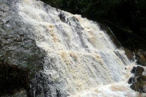 Nam-Dee-Waterfall-Luang-Namtha-Laos-003.jpg