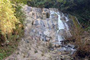 Nam-Dee-Waterfall-Luang-Namtha-Laos-004.jpg