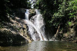 Nam-Dee-Waterfall-Luang-Namtha-Laos-005.jpg