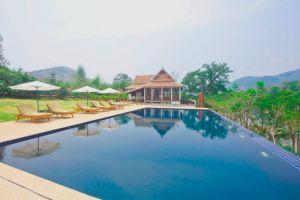 Nam-Ou-Riverside-Hotel-Resort-Luang-Prabang-Laos-Pool.jpg