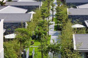 Naman-Retreat-Resort-Danang-Vietnam-Garden.jpg