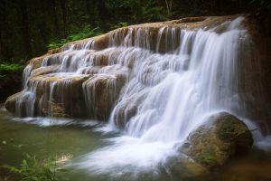 Namtok-Huai-Rong-Phrae-Thailand-03.jpg