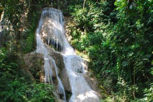 Namtok-Huai-Rong-Phrae-Thailand-04.jpg