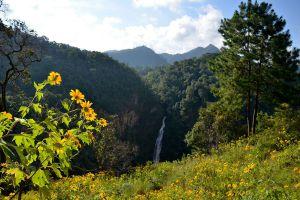 Namtok-Mae-Surin-National-Park-Mae-Hong-Son-Thailand-07.jpg