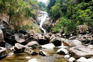 Namtok-Sai-Rung-Trang-Thailand-06.jpg