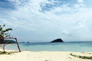Nang-Ram-Beach-Chonburi-Thailand-02.jpg