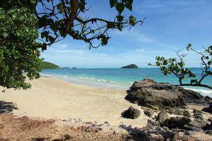Nang-Ram-Beach-Chonburi-Thailand-07.jpg