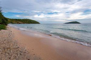 Nang-Rong-Beach-Chonburi-Thailand-04.jpg