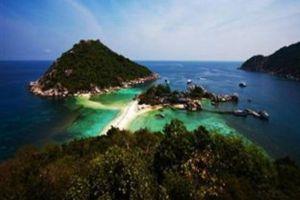 Nangyuan-Island-Dive-Resort-Koh-Tao-Thailand-Overview.jpg
