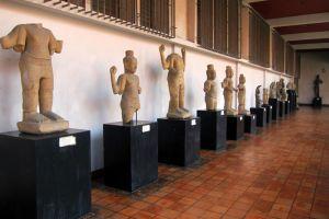National-Museum-Bangkok-Thailand-003.jpg